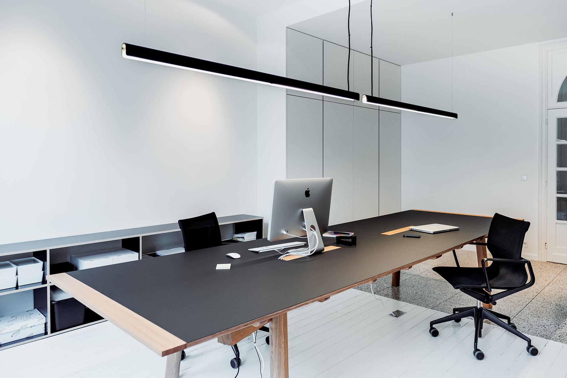 Awesome Office Studio Alain Monnens 09 Studio Alain Monnens Pabps2019 Chair Design Images Pabps2019Com